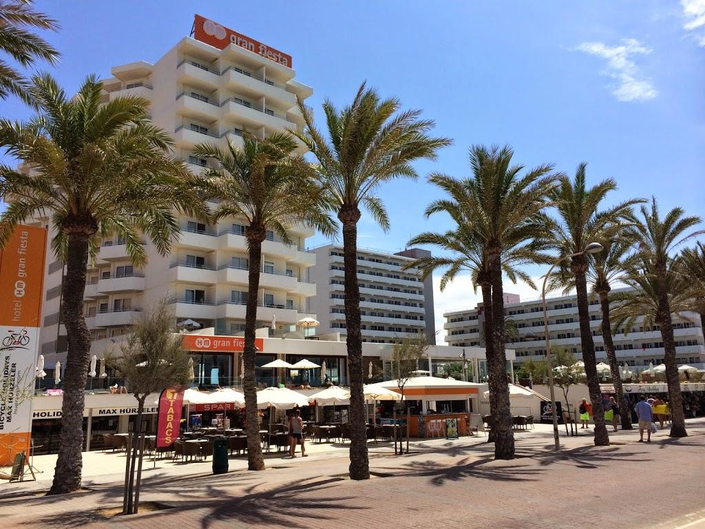 Palma de mallorca el arenal megaluf gdzie na majork for Oficina yoigo palma de mallorca