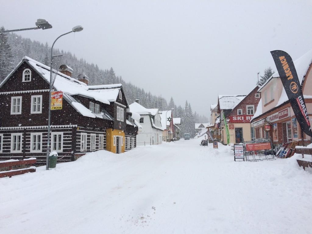 Zima-w-Pec-pod-Sniezka-Czechy