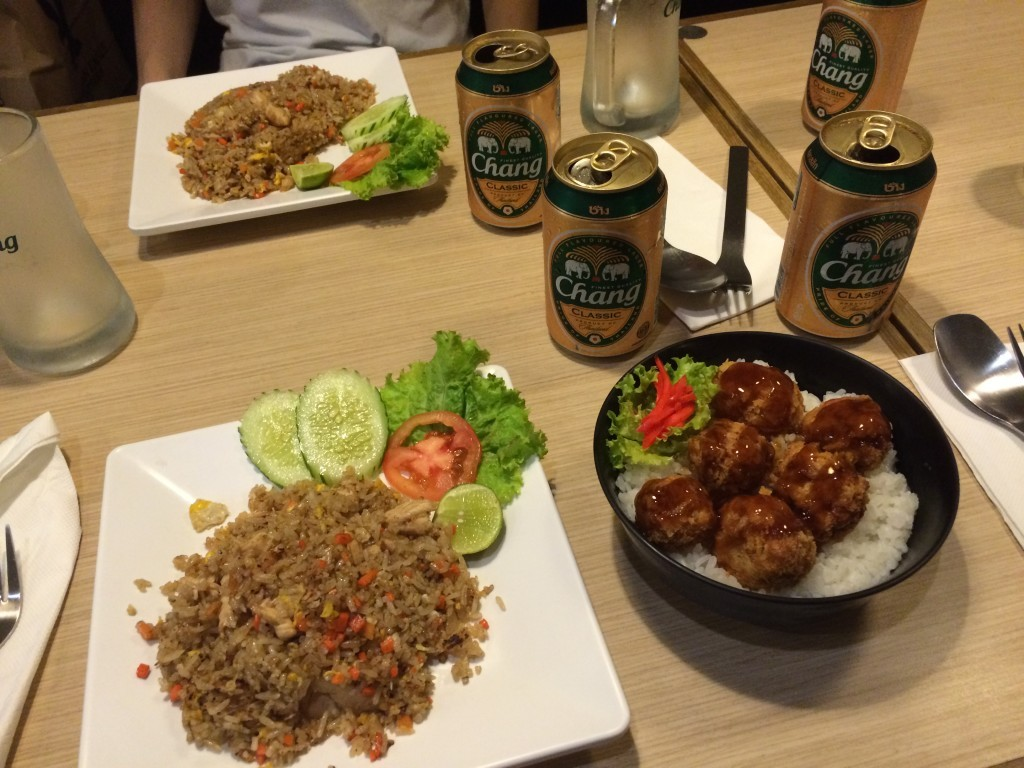 Bangkok Tajlandia jedzenie piwo Chang