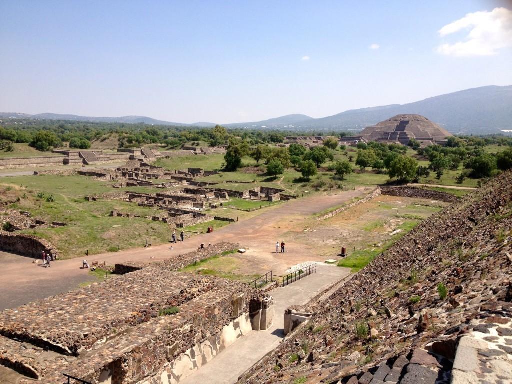 Meksyk Teotihuacan - widok z Piramidy Słońca