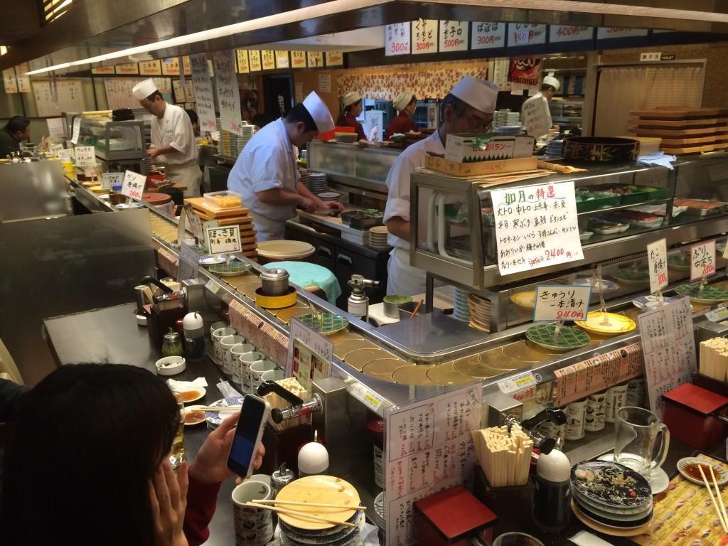 Typowa restauracja sushi w Tokio
