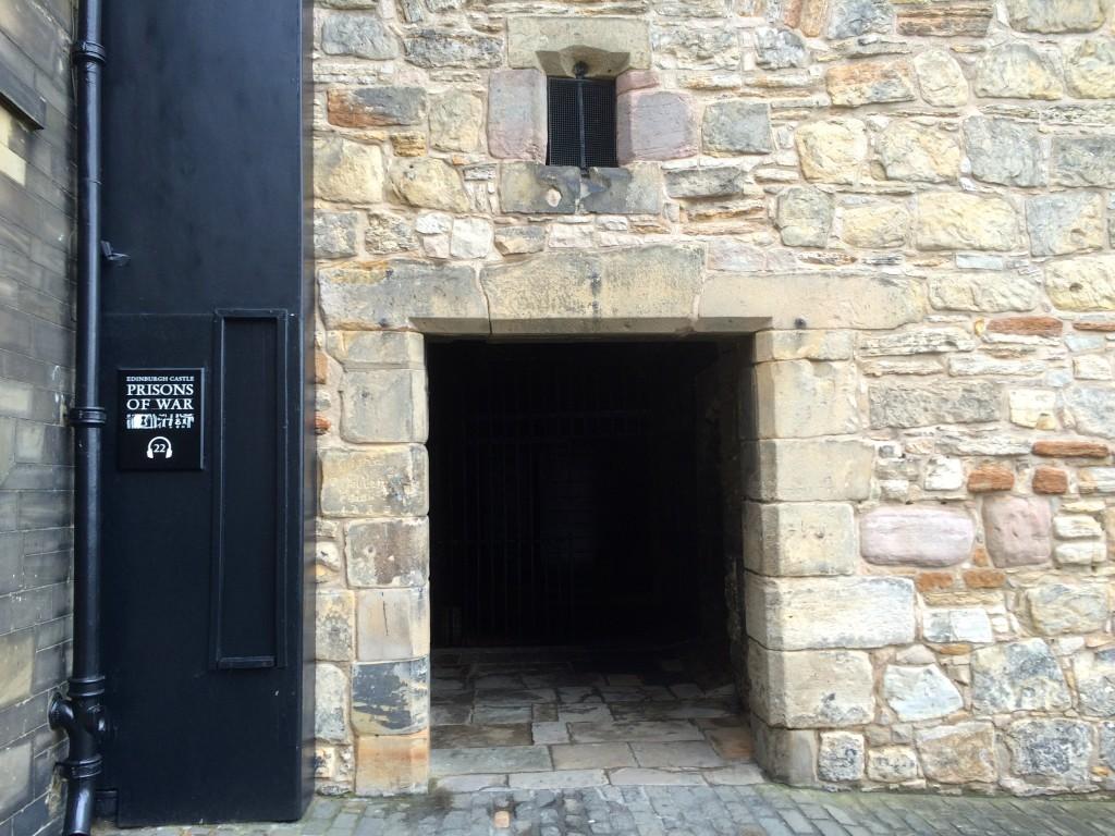 Wejście do Prisons of War
