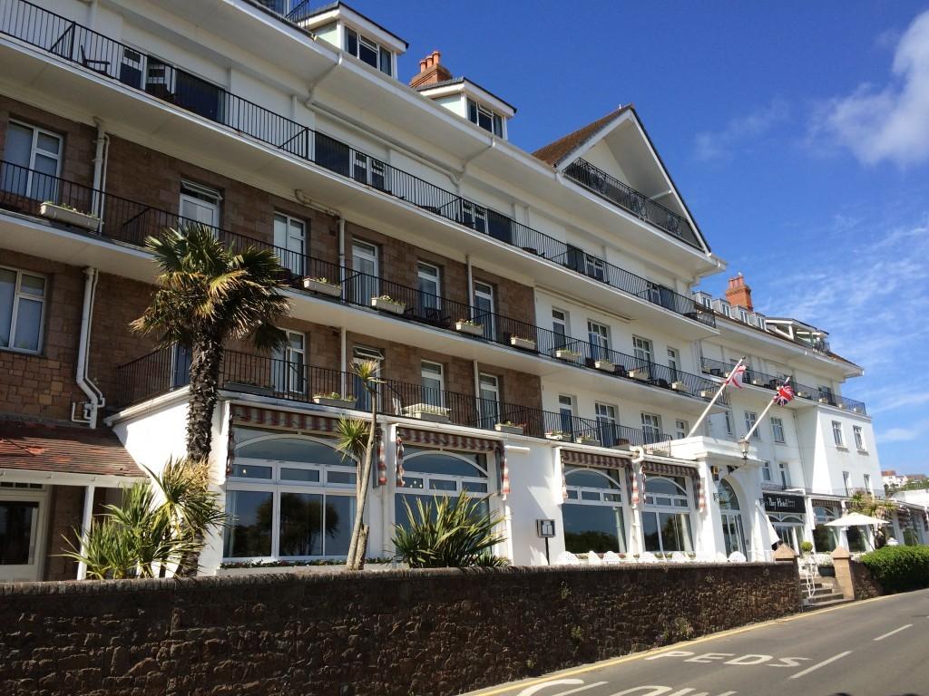 Hotel St. Brelade's Bay - jeden z najdroższych na wyspie