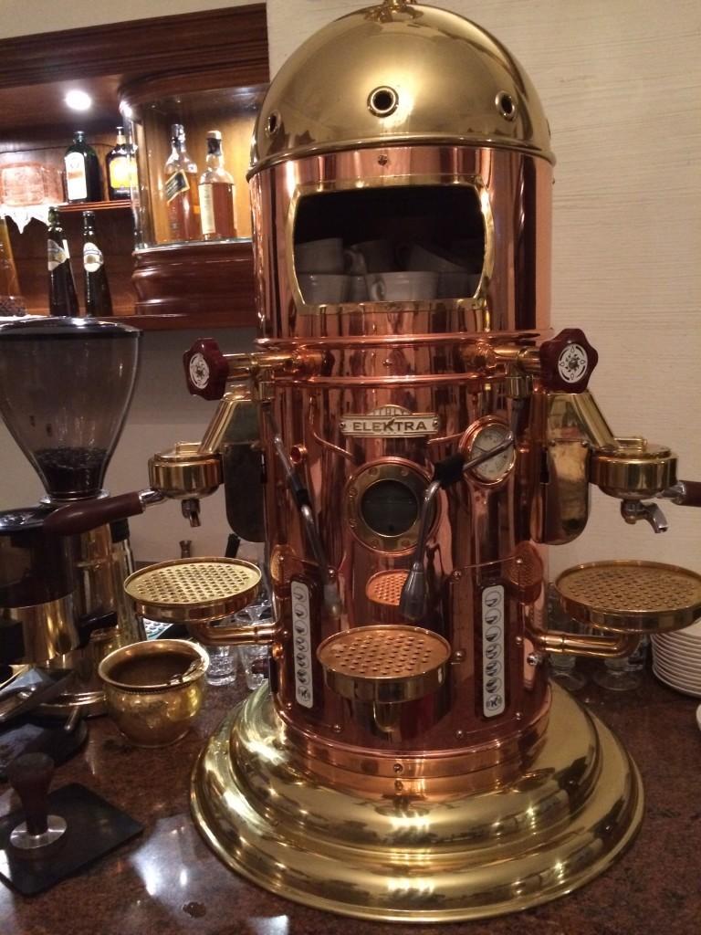 Jeśli ktoś ma ochotę może zaparzyć sobie kawę jak dawni Carowie.