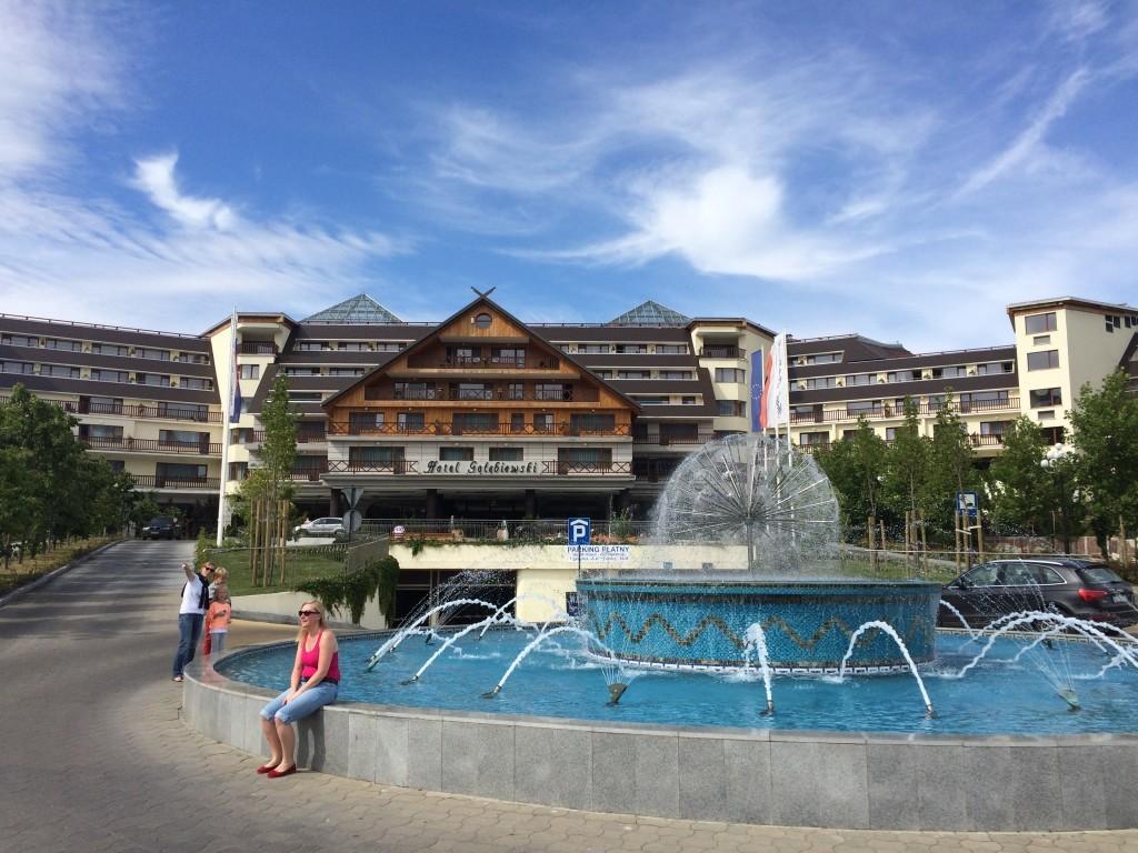 Hotel Gołębiewski w Karpaczu, gdzie mieści się park wodny.