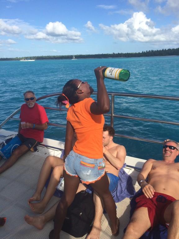 Nikomu nie oszczędzali rumu