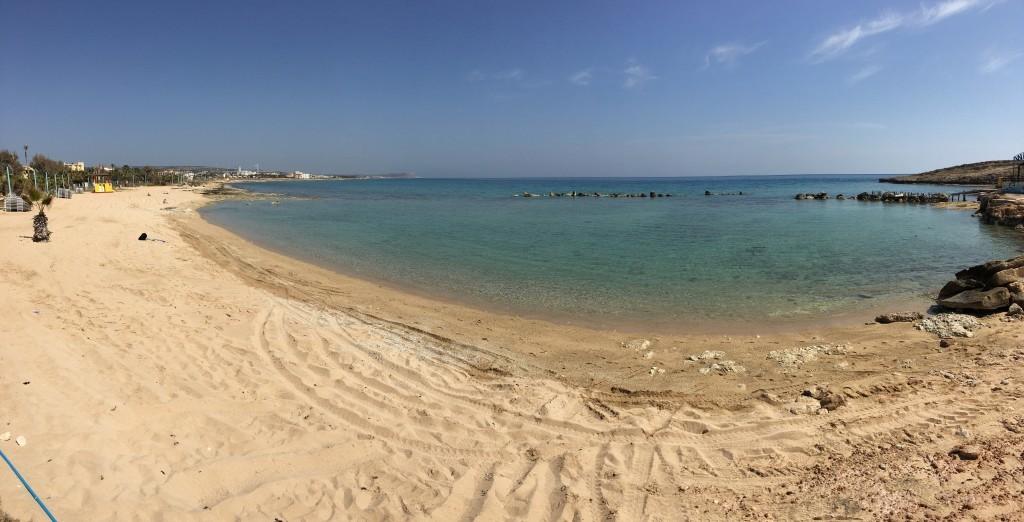 Plaża Pernera regionu Ayia Napa.