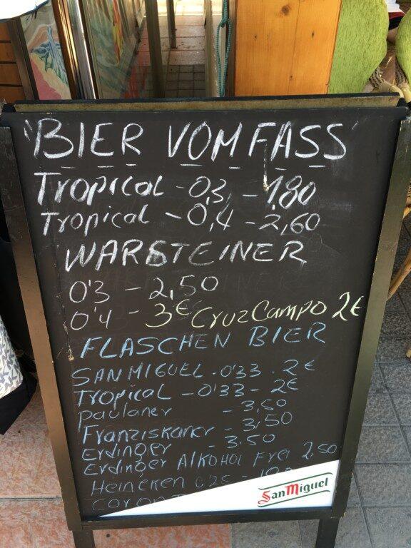Ceny piw w barze w Solana Matorral.