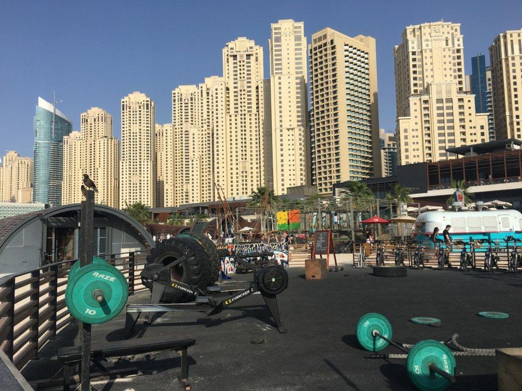 Dubaj Plaża JBR przy Dubai Marina
