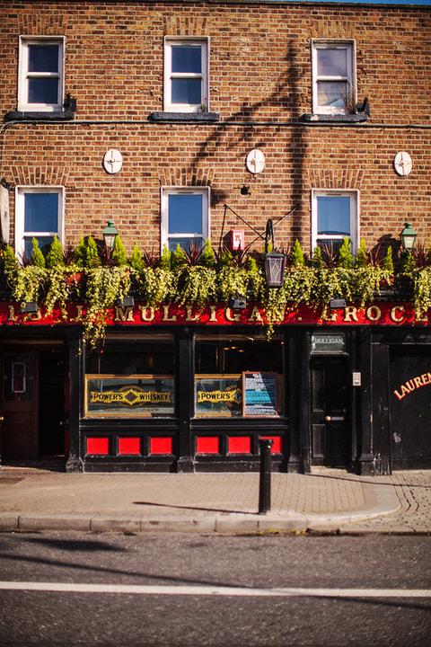 Najlepsze puby Dublin L. Mulligan Grocer
