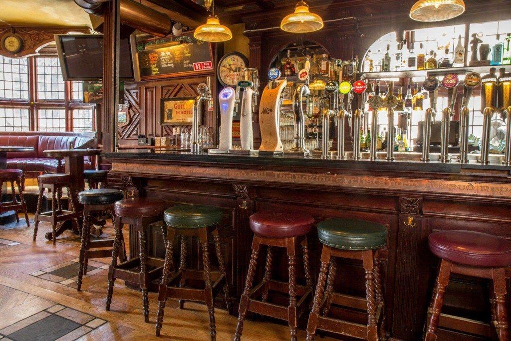 Najlepsze puby Dublin O'Neills