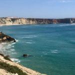 Sagres Portugalia: przepiękne klify i ukryta plaża.