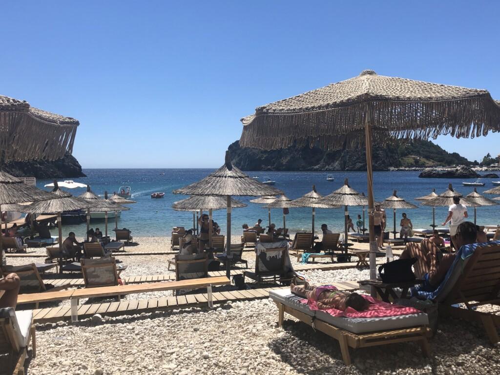 Korfu Paleokastritsa Akron beach bar